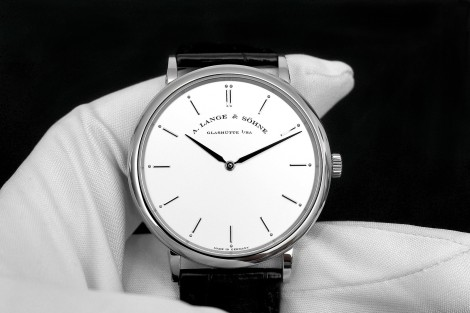 Hour and Minute display  A Lange & Sohne Saxonia Thin