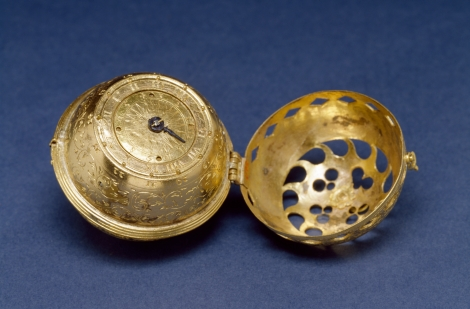 http://en.wikipedia.org/wiki/File:German_-_Spherical_Table_Watch_%28Melanchthon%27s_Watch%29_-_Walters_5817_-_View_C.jpg